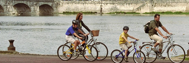Le gite de groupe se trouve sur les circuits des châteaux à Vélo