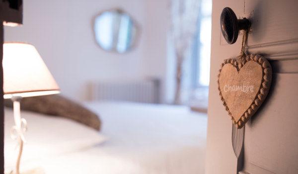 les chambres au calme avec literie de luxe et surmatelas