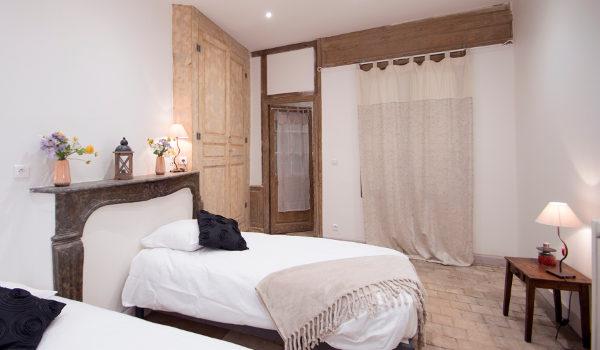 chambre avec rangements et intimité