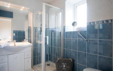 salle d'eau indépendante pour la chambre